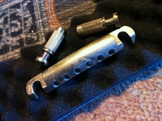 ABM 3020NA AGED STOPTAILPIECE