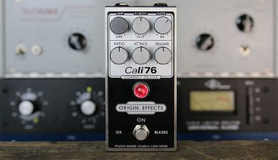 ORIGIN EFFECTS CALI76 COMPACT DELUXE INVERTED BLACK EDITION