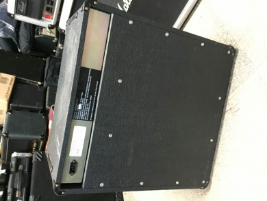 MARSHALL MODEL 5506 BASS COMBO 1984