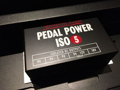 VOODOO LAB DINGBAT SMALL W/PEDAL POWER ISO5 POWER SUPPLY
