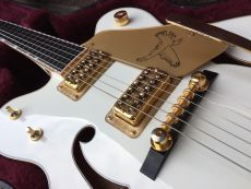 GRETSCH 6136DC THE WHITE FALCON 2010