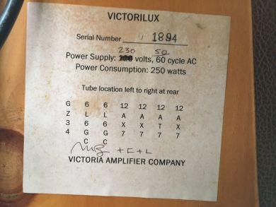 VICTORIA AMPS VICTORILUX 310 2003