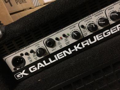 GALLIEN-KRUEGER 700RB/210 + 410RBH BASS STACK W/FLIGHT CASES
