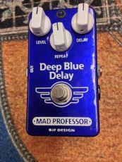 MAD PROFESSOR HANDWIRED DEEP BLUE DELAY Oulu