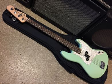 FENDER MARK HOPPUS SIGNATURE BASS 2013