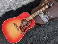 GIBSON HUMMINGBIRD 2018 MODEL