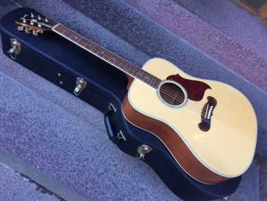 GIBSON SONGWRITER RED SPRUCE 2015