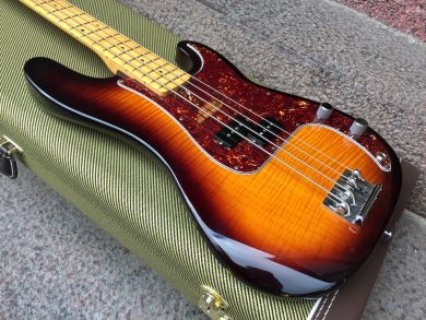 FENDER SELECT PRECISION BASS 2012