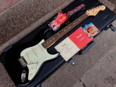 FENDER AMERICAN PROFESSIONAL STRATOCASTER 2017