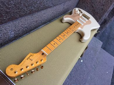 FENDER 60th ANNIVERSARY 50's CLASSIC PLAYER STRATOCASTER 2014