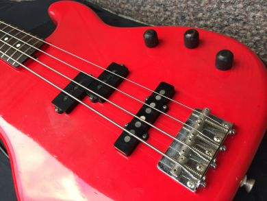 SQUIER CONTEMPORARY PJ BASS (´82-´84)