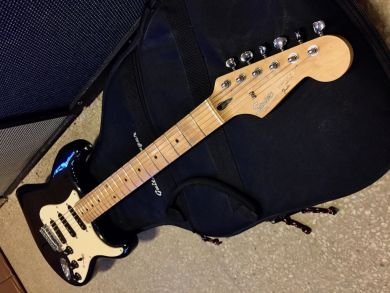 SQUIER STRATOCASTER 1993