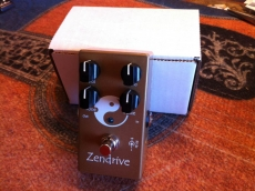 LOVEPEDAL HERMIDA SIGNATURE ZENDRIVE GOLD Oulu